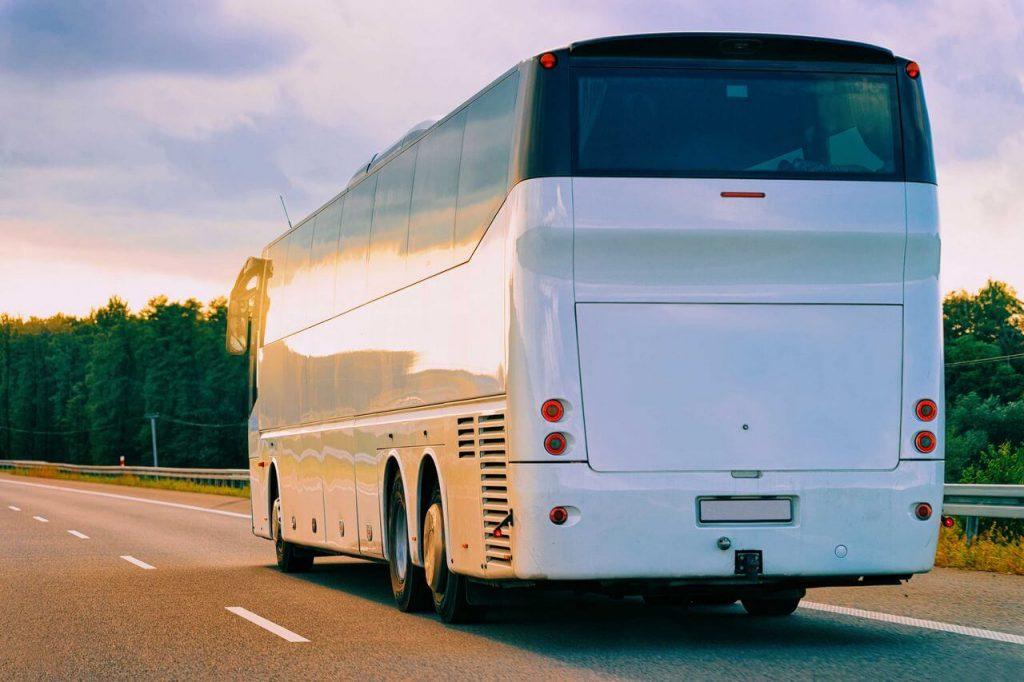 Location de bus pour les voyages touristiques en France et en Europe