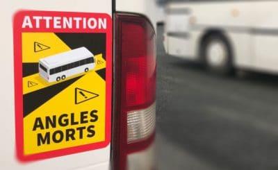Signalétique autocar obligatoire autocollants angles morts car autobus sécurité piéton et cycliste